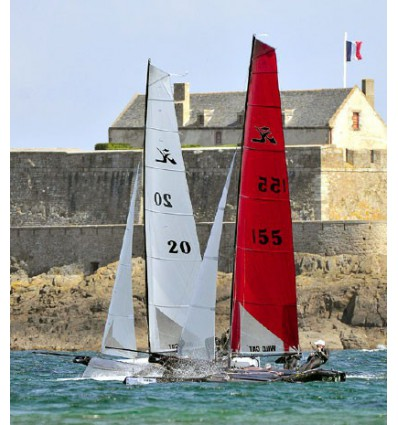 Grand Voile blanche Hobie Wild Cat
